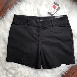 ♠️THE LIMITED womens 6 tailored shorts black $50